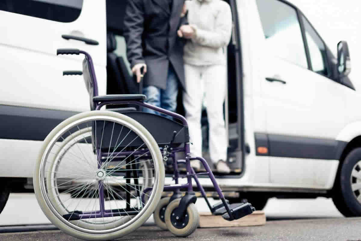 Questions to Ask Before Hiring a Medical Transportation Service